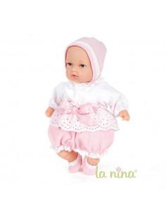 Marta con vestido flor beige de La Nina