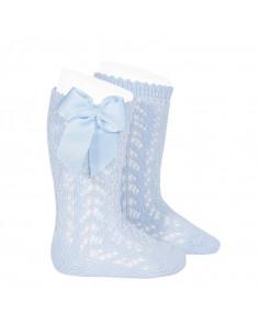 Calcetines infantiles altos calados azul bebé de Condor