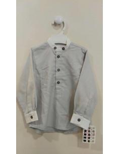 Camisa gris de Pilar Batanero invierno