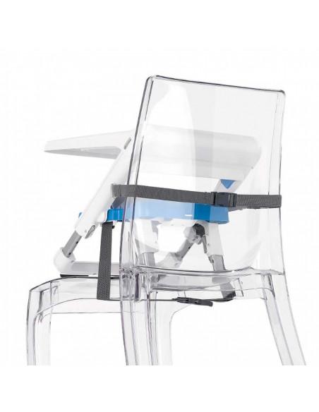 La trona se adapta a cualquier silla