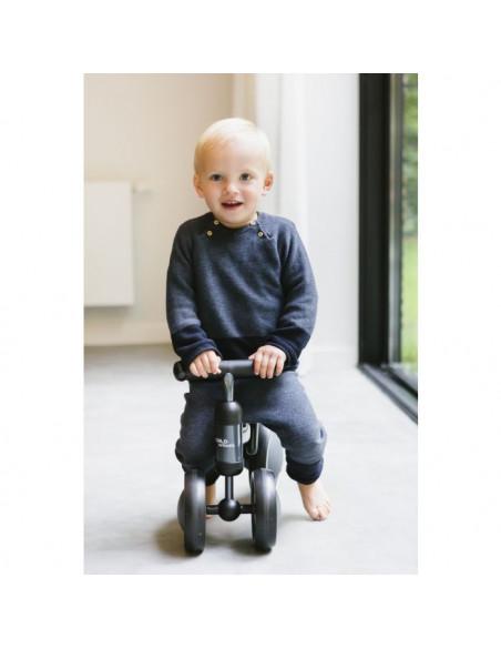Bicicleta de tres ruedas gris de Child Home