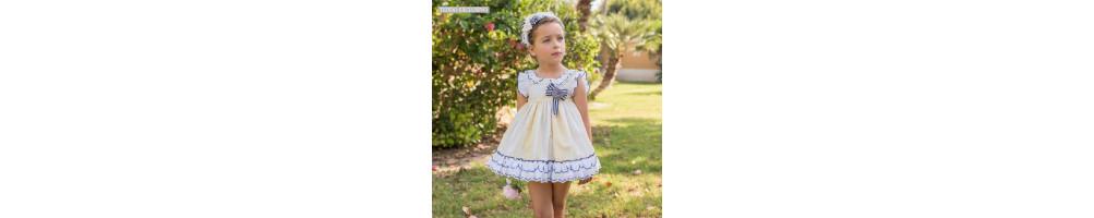 Vestidos de niñas y Conjuntos con las mejores marcas y tendencias