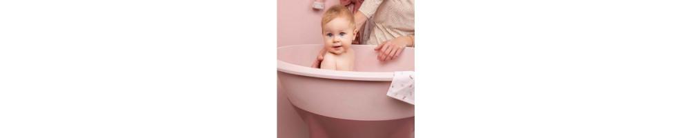 Bañeras de bebé: elige modelo con nuestra guía